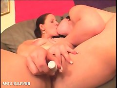 Horny lesbian bbw gets cunt licked in..