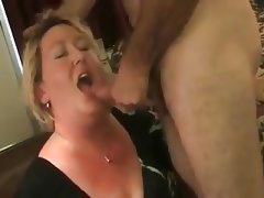 Wife sucks off stranger in his motel