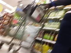 Big ass milf in store